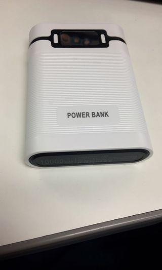電池型行動電源