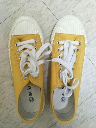 餅乾鞋(黃)