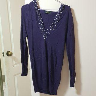 【服飾】鴿子牌Peace Dove深紫大V領連帽長版毛衣,均碼。七八成新