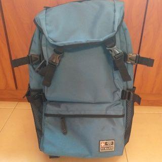超大容量旅行背包