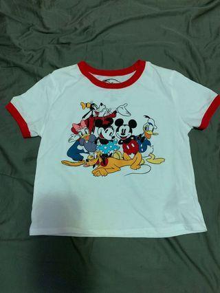 全新迪士尼滾邊短版合身t恤