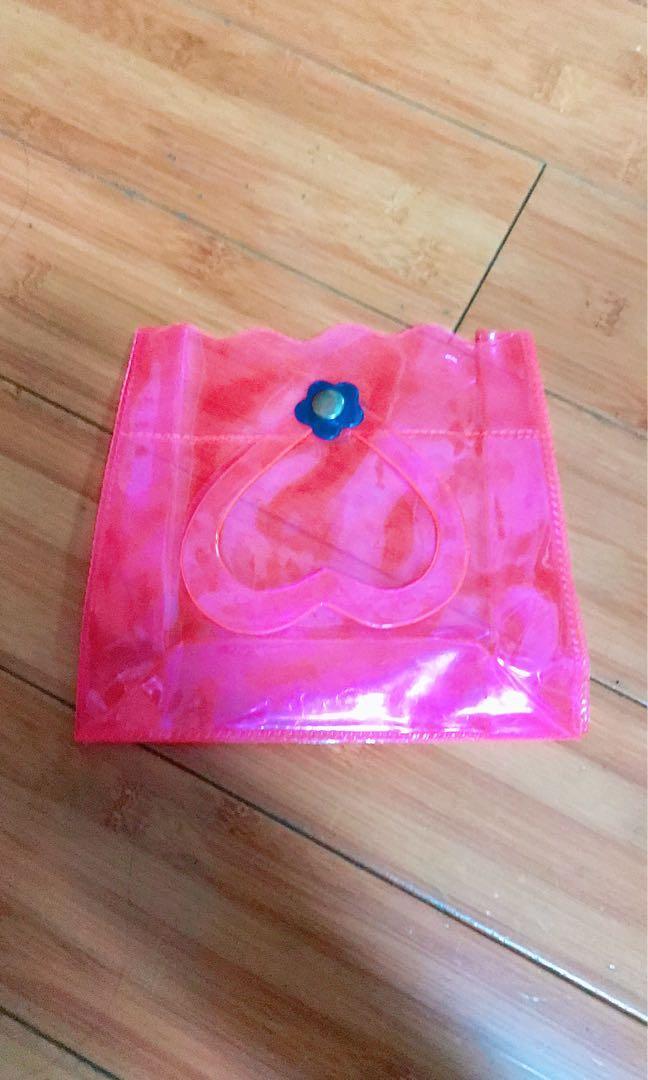 螢光粉紅收納小包