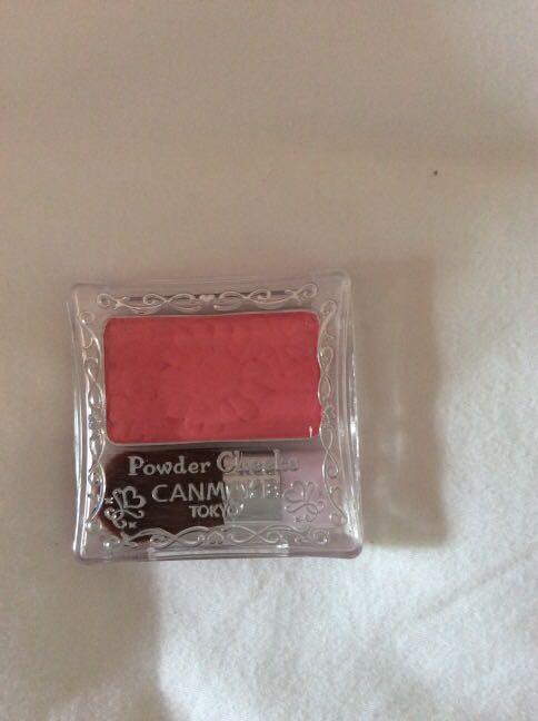 Canmake blusher