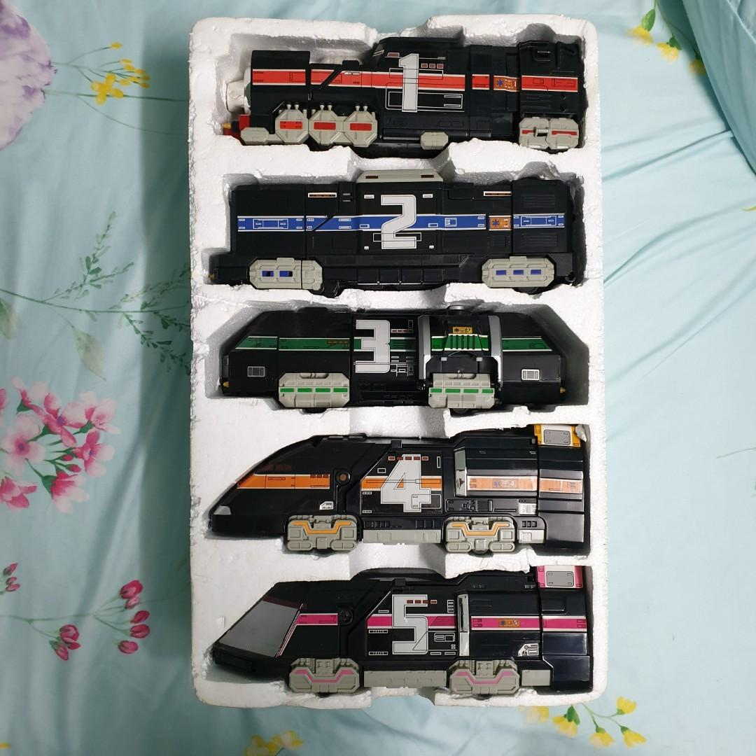 DX Supertrain Megazord