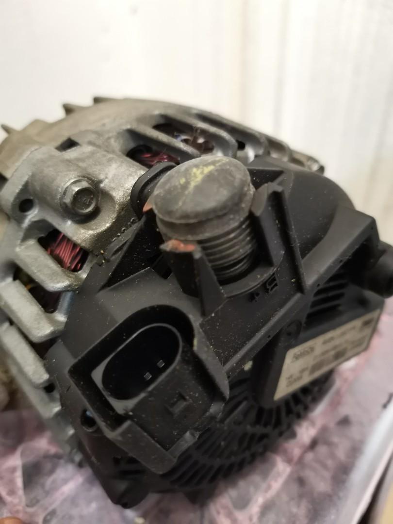 Ford Fiesta MK7 original FoCoMo Alternator and Compressor