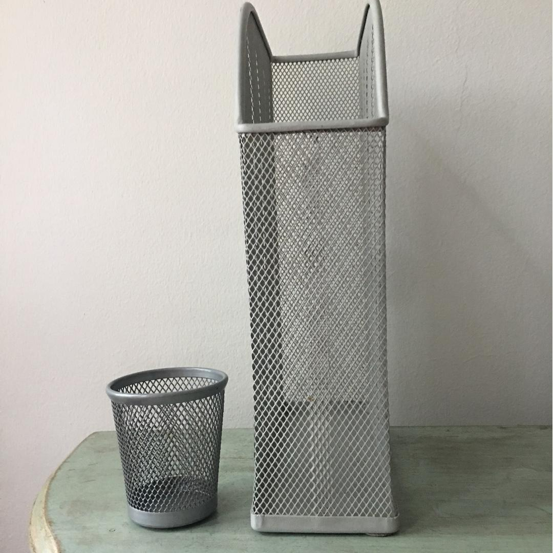IKEA silver metal/ wire mesh file holder and pen holder