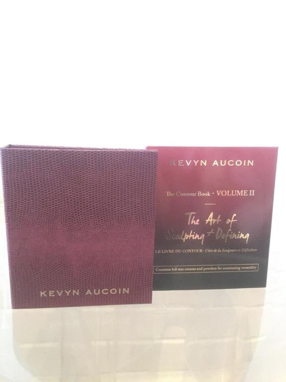Kevyn Aucoin The Art Of Sculpting And Defining Pallete Volume 2 New in original packaging