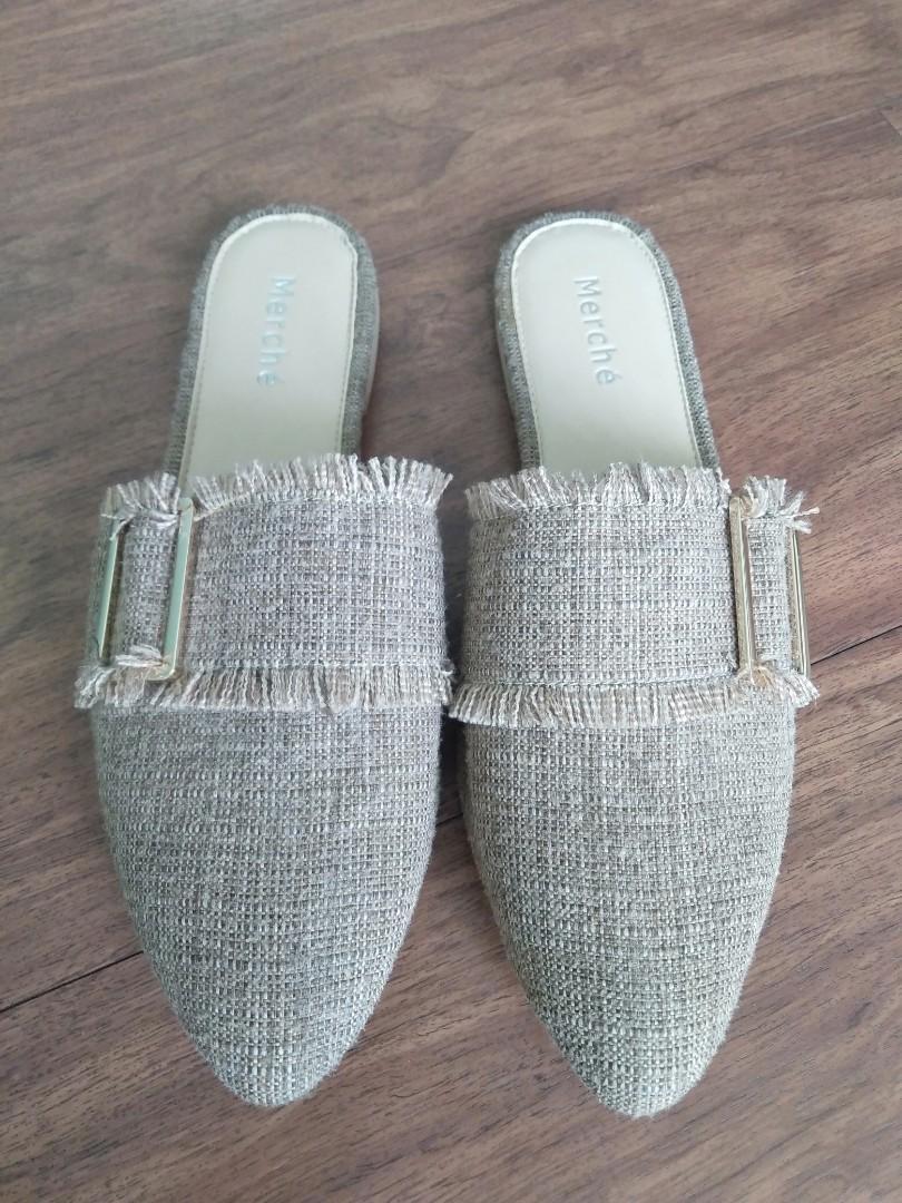 Sepatu Wanita Trexie Mules Cream Mercheid
