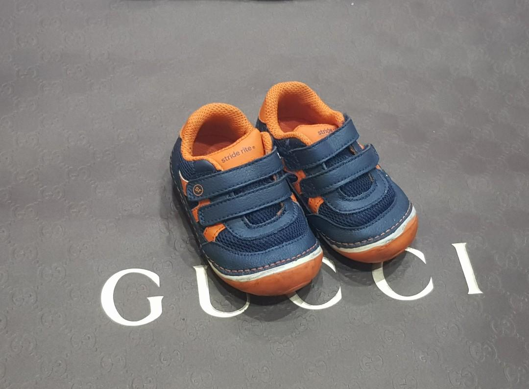 baby walking shoes size 5