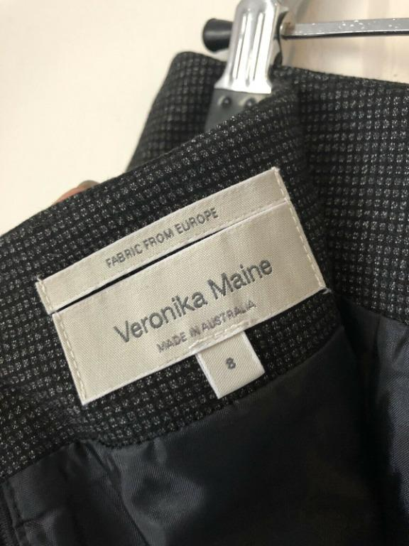 Veronika Maine Black Frilly Back Skirt Size 8 VGC RRP $189