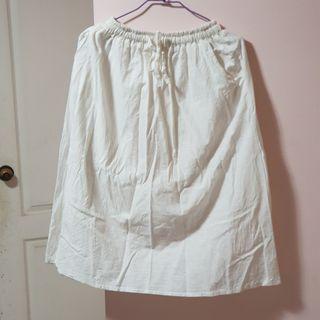 【服飾】腰部鬆緊抽繩口袋純白棉麻中長裙A字裙,均碼。九成新轉賣