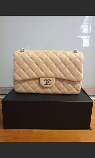 Chanel Classic Flap - lambskin