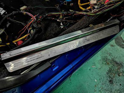 GC8 Subaru Impreza WRX STI Aluminium Scuff Plate/Side Step