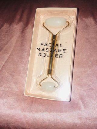 Facial massage roller