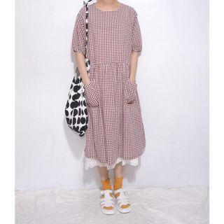 。error dot。日本作文稿紙雙口袋格紋洋裝(紅色款)