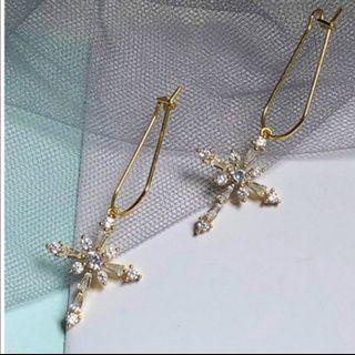 純銀十字架耳環