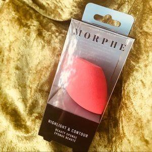 MORPHE HIGHLIGHT AND CONTOUR SPONGE BRAND NEW & AUTHENTIC [NO SWAPS, PRICE IS FIRM]