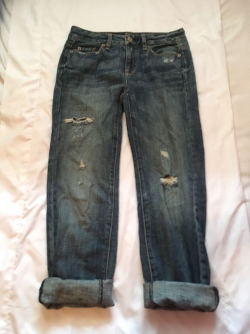 American Eagle Boyfriend Jeans (Size 00; RUNS LARGE!)