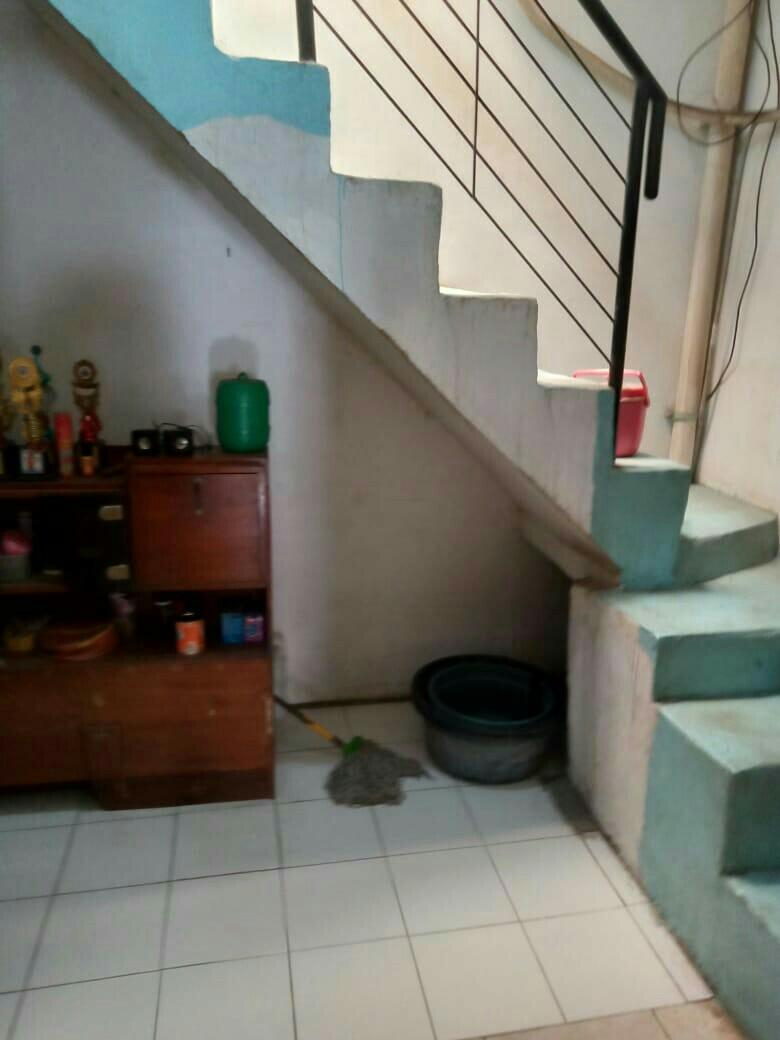 Jual rumah 2.5 M  DKI  jakarta timur