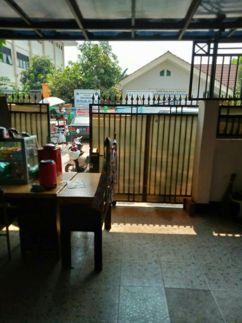 Jual rumah di perumahan perumnas kelender dki jakarta timur