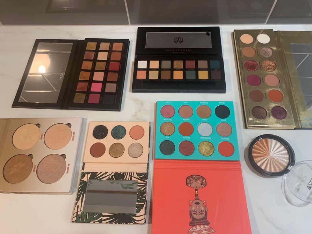 Makeup for sale 💜