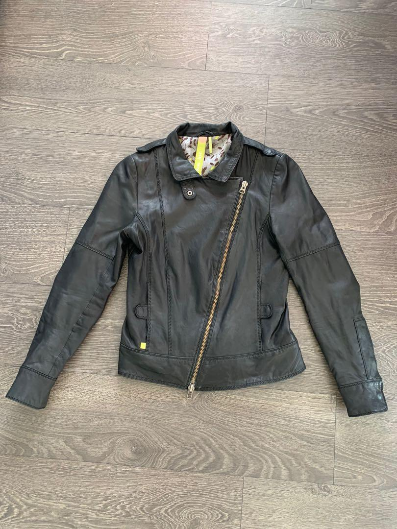 Soia and Kyo Genuine Black Moto Leather Jacket Size Small
