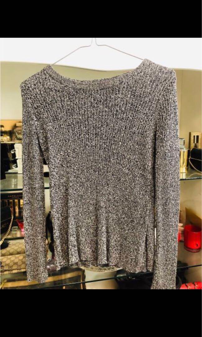 Sweater/ top