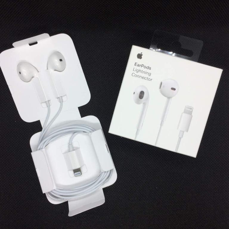 UNBEATABLE DEAL!! Official Genuine Apple EarPods with Lightning Connector in Retail Box