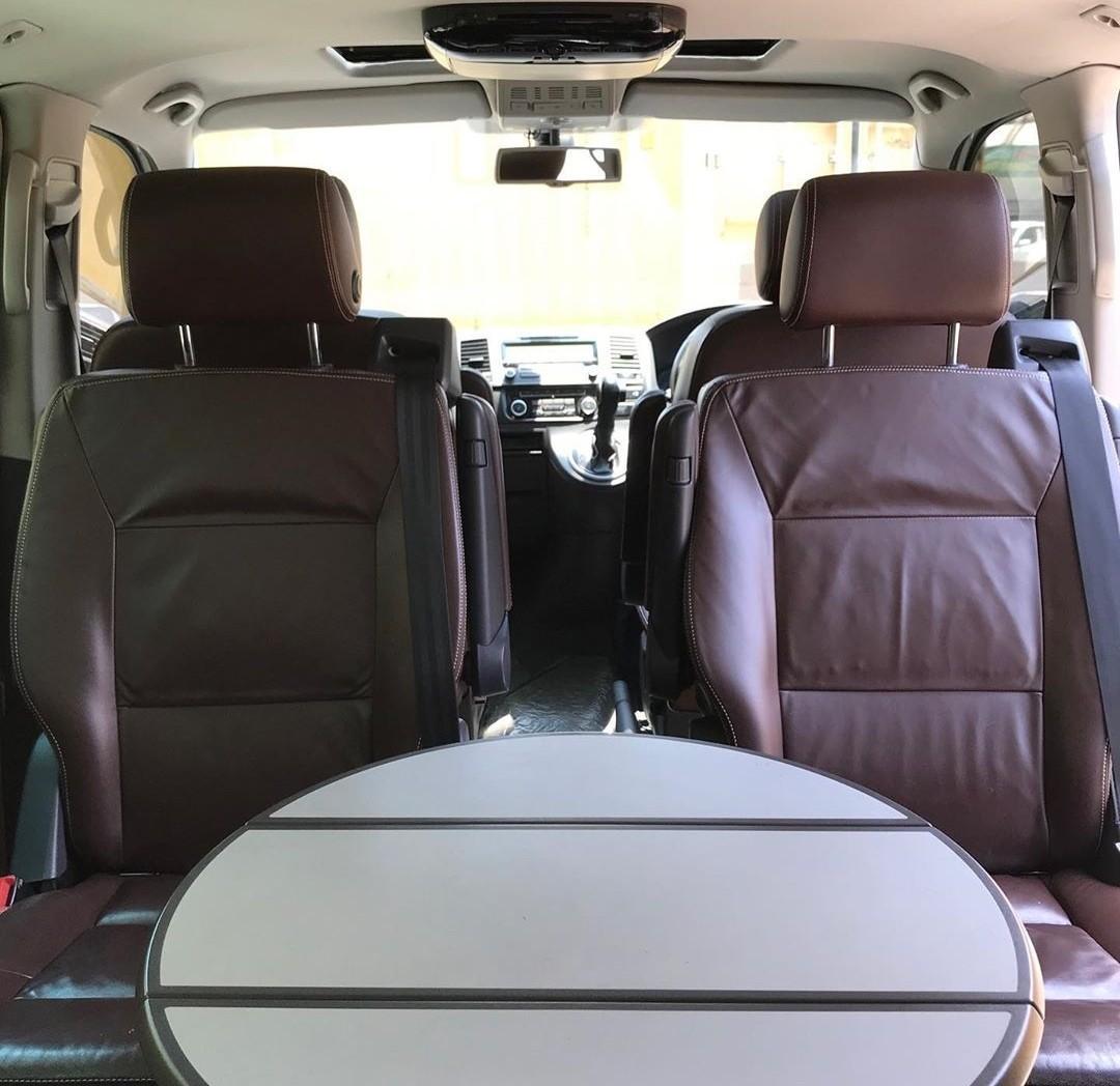 Vw Caravelle (highline full option) Tipe TDI (diesel turbo) 2500cc Tahun 2011/2012