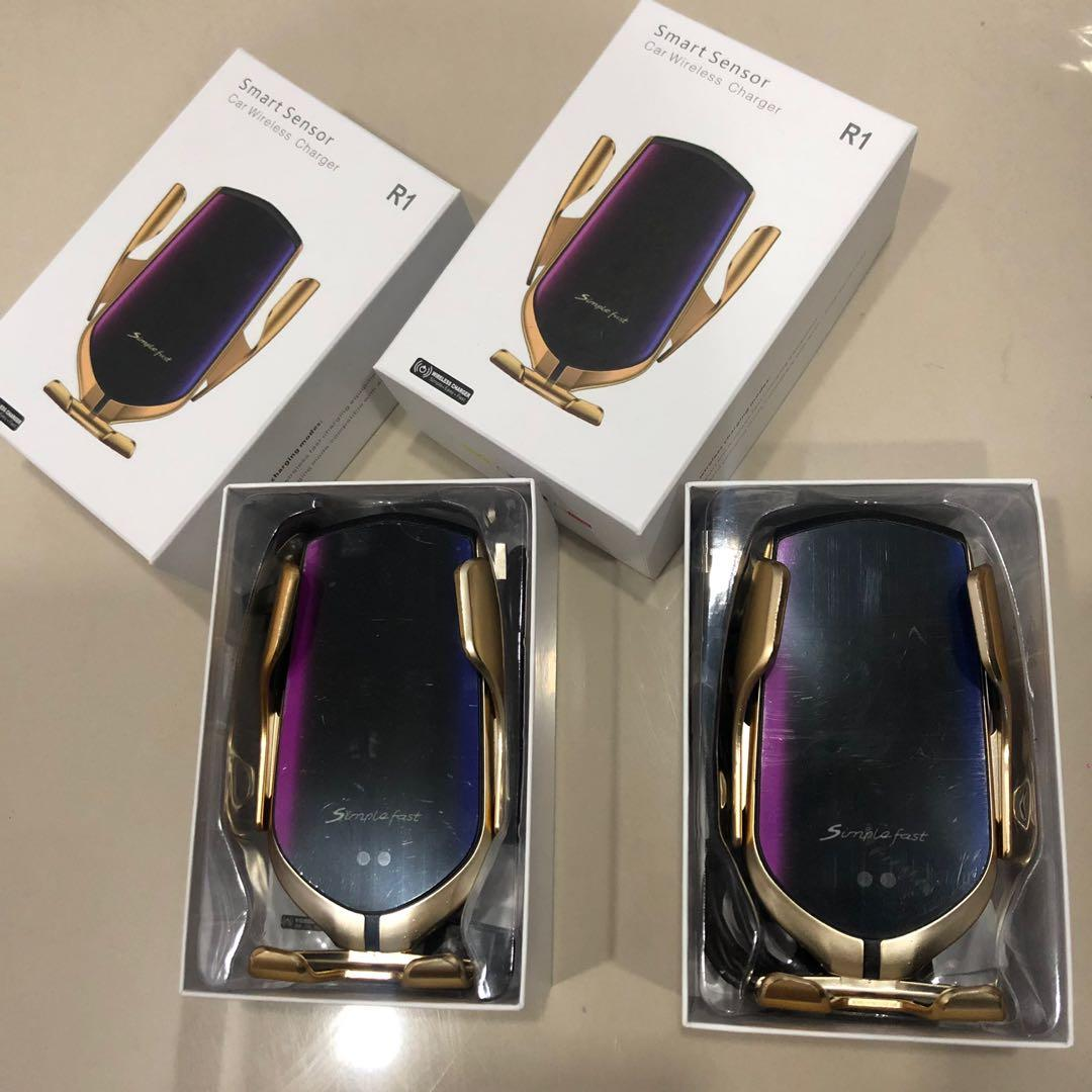 R1 Smart Sensor Car Wireless Charger ClearStock