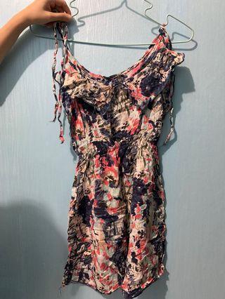 Dress cocok untuk pantai