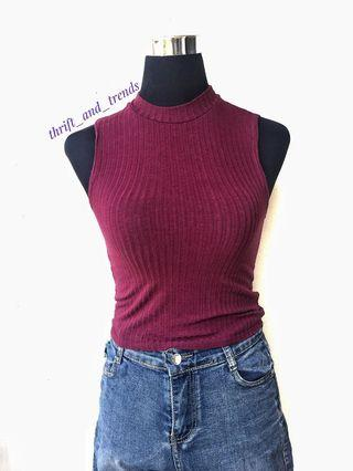 Ribbed Turtleneck Cropped top