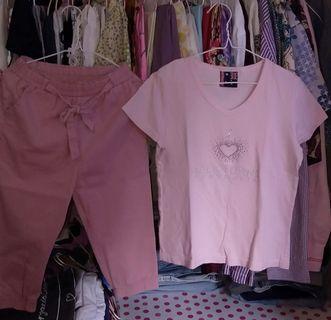 50rb dpt 1 stel yah ..joger katun pink+kaos pink