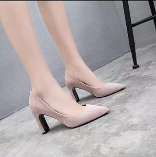 Pointed Apricot Heel Shoes