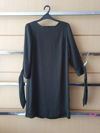 H&m Olive Green Tied Sleeves Shift Dress