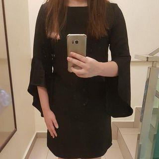 Trumpet Sleeved Black Dress