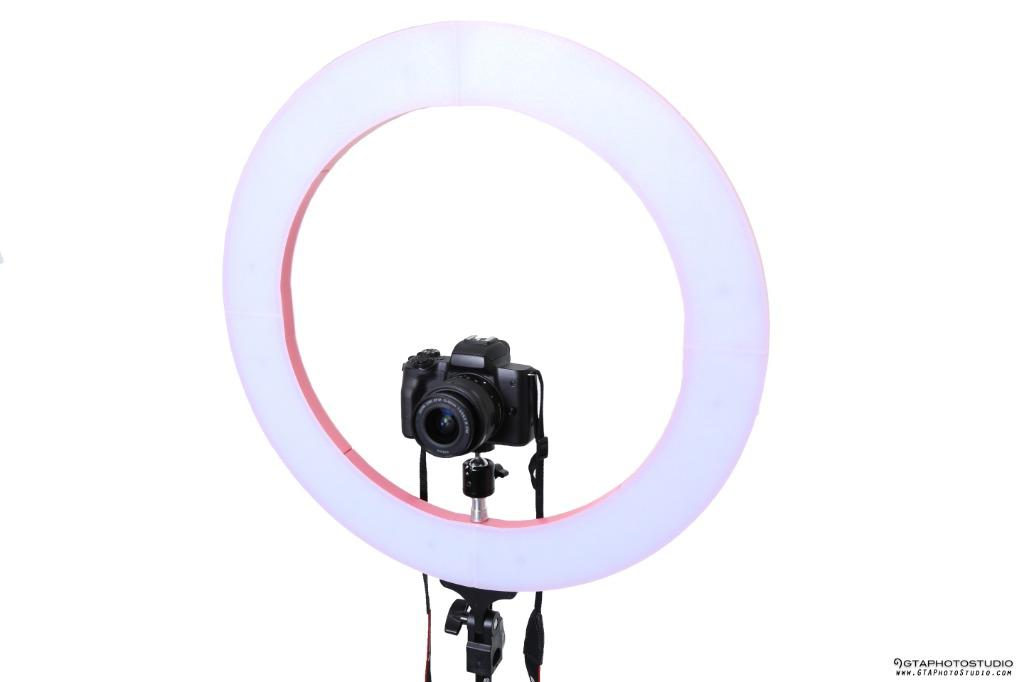 "18"" LED Diva Ring Light Kit for Makeup, Beauty, Self Taping & More!!"