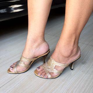 Sepatu kondangan | sepatu high heels | sepatu blink blink | sandal kondangan | sandal kilap | sepatu hak tinggi | sandal hak tinggi