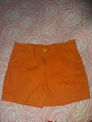 Celana Pendek Orange