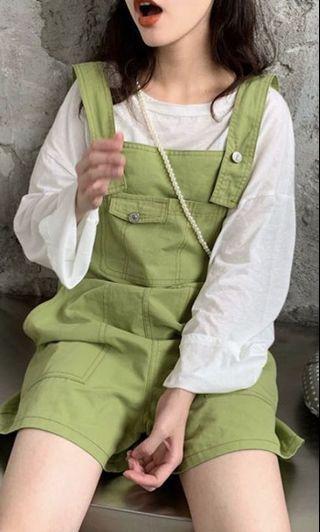 綠色吊帶褲