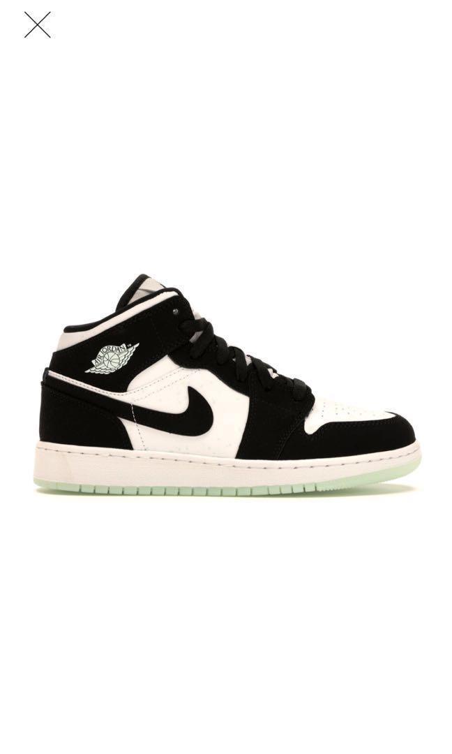 Air Jordan 1 mid White Black Teal Tint