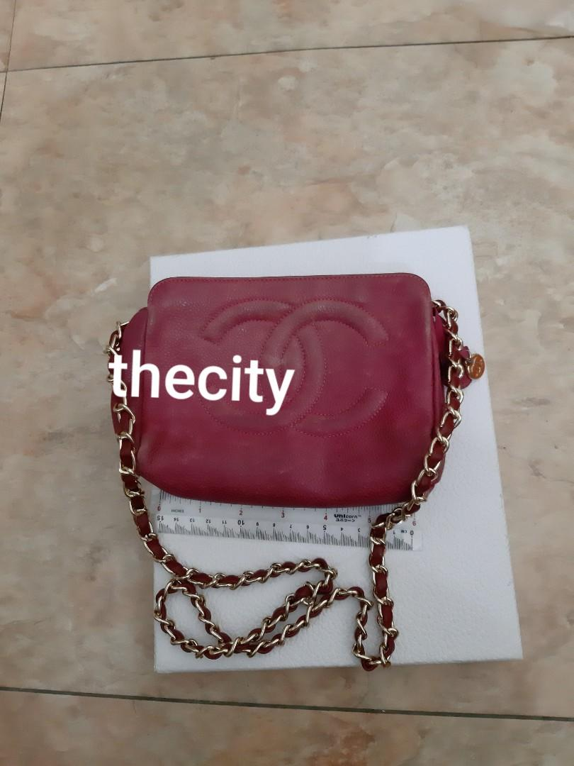 AUTHENTIC CHANEL CC LOGO BIG VANITY POUCH BAG,  CAVIAR LEATHER - GOLD HARDWARE - COMES WITH EXTRA ADD. HOOKS & LONG CHAIN STRAP FOR CROSSBODY SLING - MAKEUP DIRT MARKS INSIDE CAN BE CLEANED AT BAGSPA - (CHANEL VANITY BAGS NOW RETAIL OVER RM 15,000+)