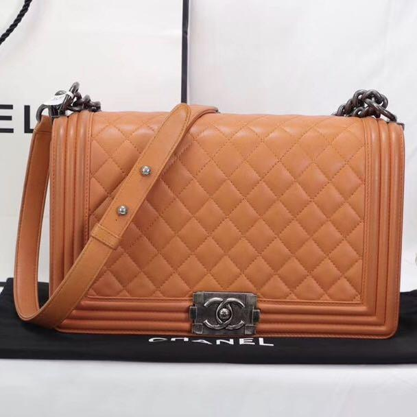Authentic Pre-loved Chanel Le Boy Bag New Medium