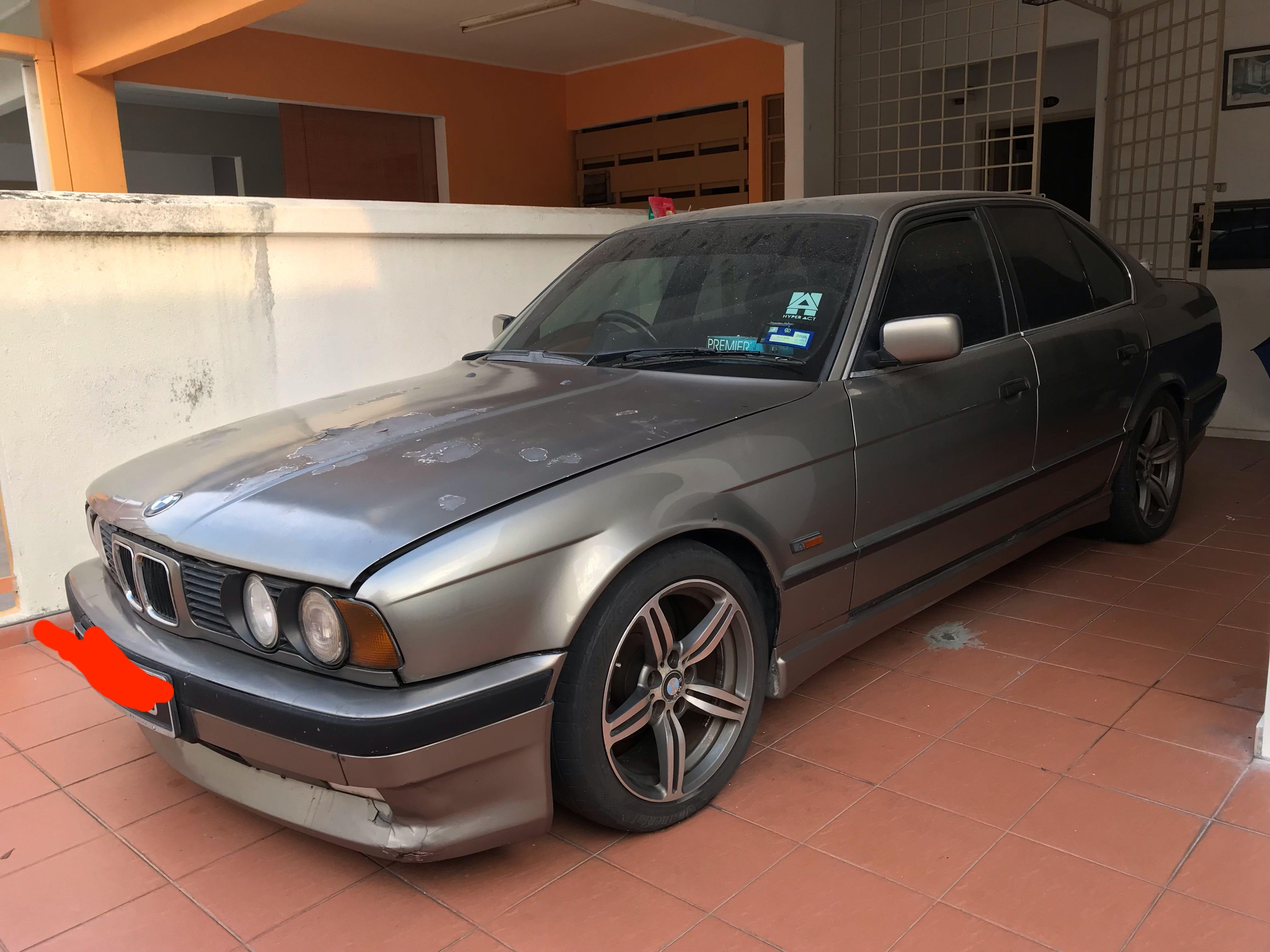 BMW E34 (5 series)