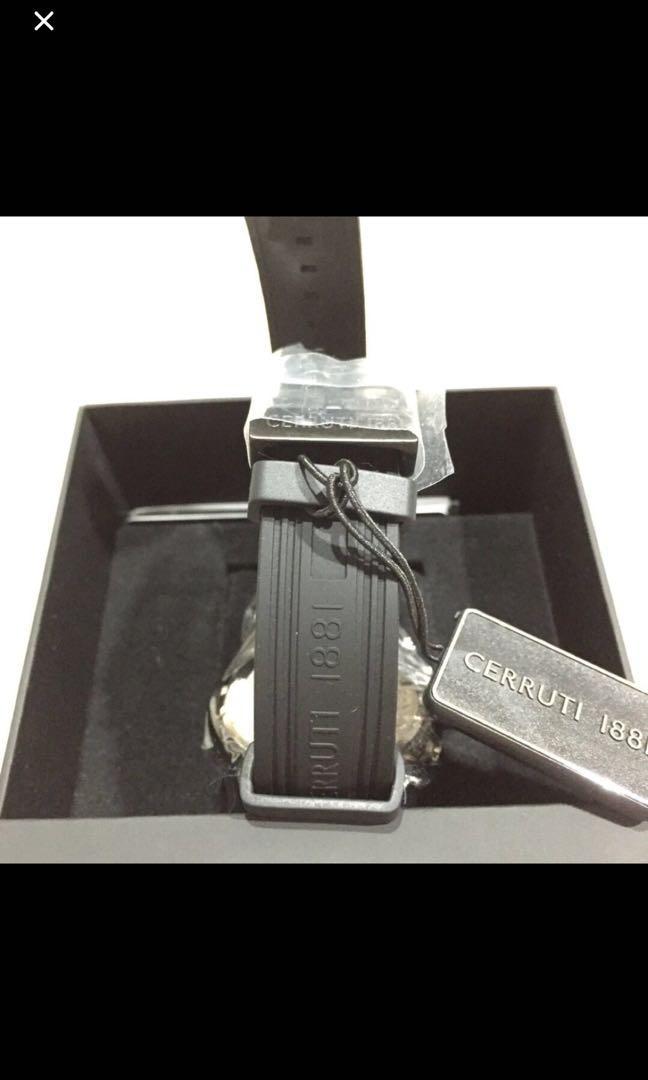 Cerruti 1881 watch (Authentic)