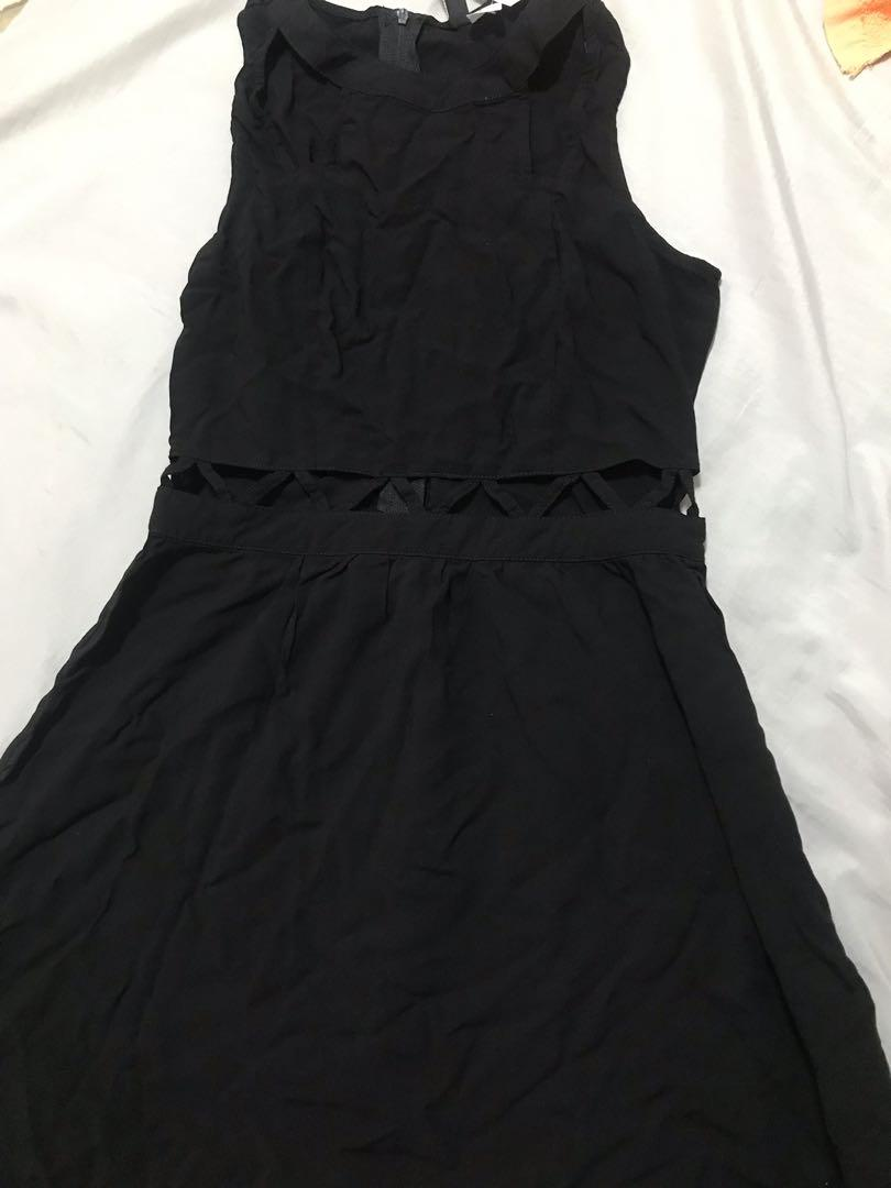 H&M全新黑色腰部及鎖骨鏤空洋裝 性感 設計