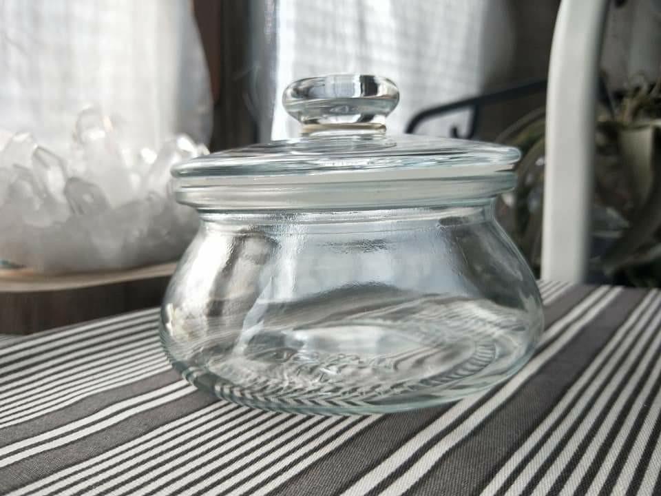 IKEA 很美的一個玻璃罐(含蓋子)
