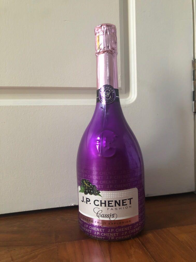 Jp Chenet Sparkling Food Drinks Beverages On Carousell