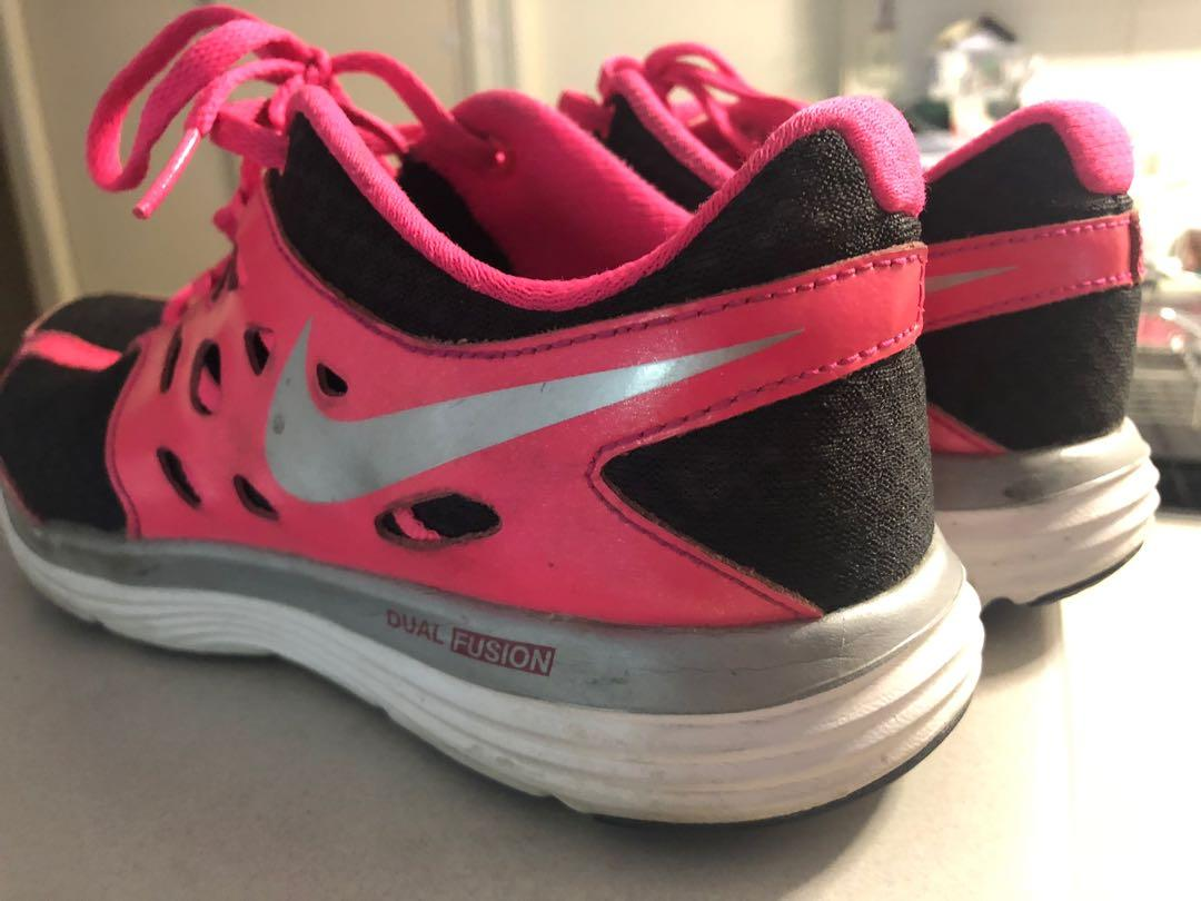 ladies Nike Pink