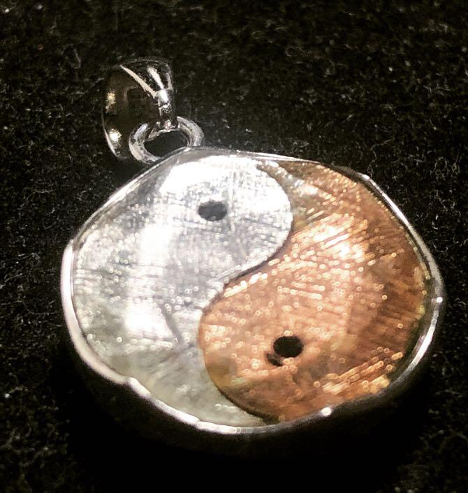 Meteorite Gibeon Tai Chi 925 Silver Pendant 15mm - Loket Batu Besi Bintang Angkasa